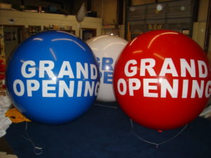 Miami, FL trade show inflatables. USA manufacturer of advertising balloons.